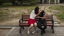 Experta advierte sobre los riesgos de la infidelidad en tiempos de coronavirus