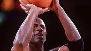 El día que Jordan trolleo a Mutombo con una canasta a ciegas