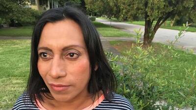 """""""Fue negligencia de ICE"""": las denuncias de abusos y discriminación de mujeres transgénero tras dos muertes en un año"""