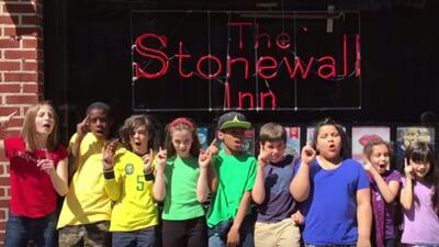 Chicos de una escuela primaria de NYC impulsan  el estudio sobre los  derechos de la comunidad LGBT