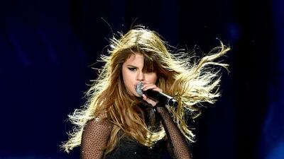 La depresión causada por el lupus obliga a Selena Gómez a tomar un descanso