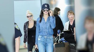 Kendall Jenner se une a la moda de jeans