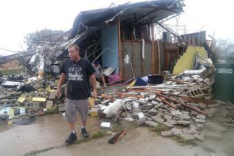 En fotos: Casas y locales en ruinas en Florida tras el paso del huracán Michael