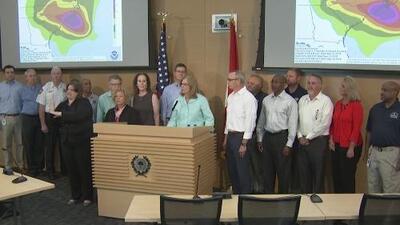 Residentes de Carolina se preparan para enfrentar al huracán Florence