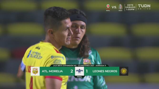 Morelia sufre, pero derrota 2-1 a Leones Negros y ya es tercero