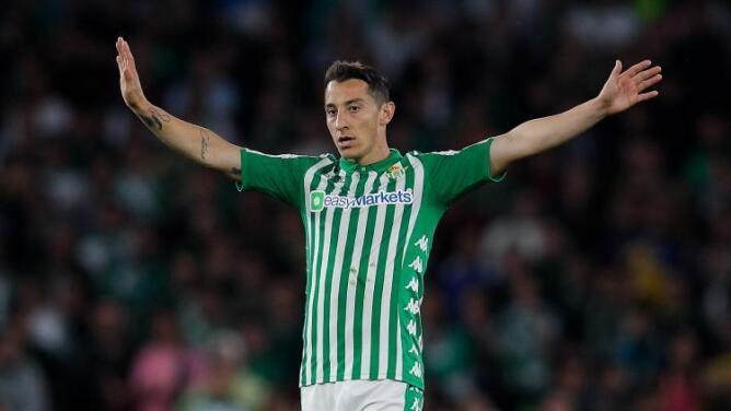 Por fin: Andrés Guardado se recuperó y es convocado con el Real Betis