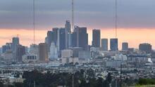 Fuertes vientos, nubosidad y leves probabilidades de lluvias aisladas para este miércoles en Los Ángeles