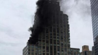 Un herido por incendio en un edificio de Manhattan