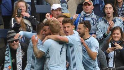 Sporting Kansas City enarbola la bandera de la esperanza de MLS en la Liga de Campeones