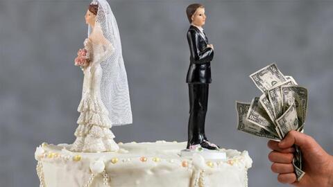 Mujer recién casada solicitó el divorcio de su esposo tacaño durante la luna de miel