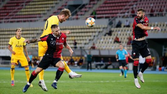 Tottenham, PSV y Milan, a un partido de la Europa League