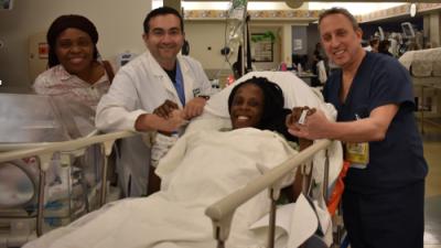 Una mujer da a luz a 6 bebés en solo 9 minutos en un hospital de Texas
