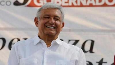 López Obrador coincidió en Culiacán con el debut de Maradona y elogió al argentino