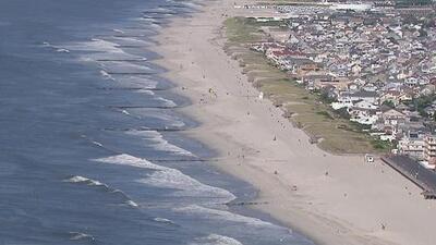 Ordenan el cierre de una playa en Nueva Jersey por el desbordamiento de aguas negras