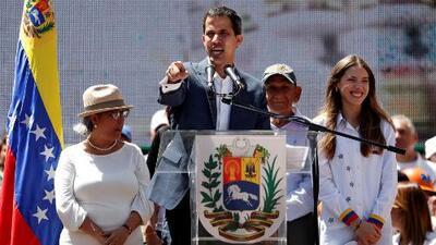 Guaidó fija una fecha para la entrada de la ayuda humanitaria a Venezuela