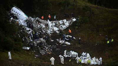 Doce minutos de pánico: Revelan la conversación entre la torre de control y el piloto del avión que se precipitó a tierra en Colombia