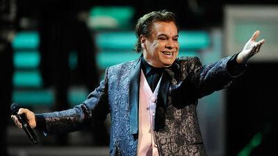 El cantante mexicano Juan Gabriel le cantó las mañanitas a Nicolás Maduro