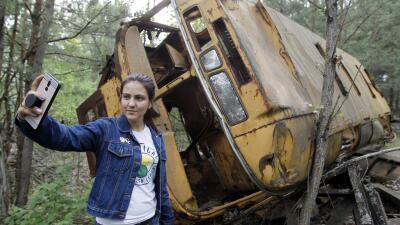 Un paseo por Chernóbil: turistas recorren el lugar donde ocurrió la peor catástrofe nuclear de la historia (fotos)