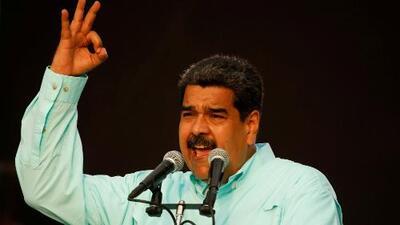 """Maduro advierte que tomará armas si llega un gobierno que entregue """"las riquezas de Venezuela a los gringos"""""""