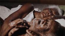 Estos ancianos viven enfermos y en medio de la pobreza. Necesitan ayuda