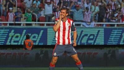 Oswaldo Alanís está en la lista de transferibles de las Chivas