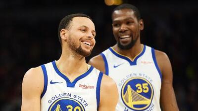 Kevin Durant y Steph Curry, multados por criticar a los árbitros en la NBA