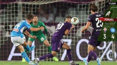 Con espectáculo de Insigne, Napoli vence a la Fiorentina