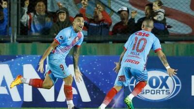 Necaxa ficha al delantero argentino Rodrigo Contreras