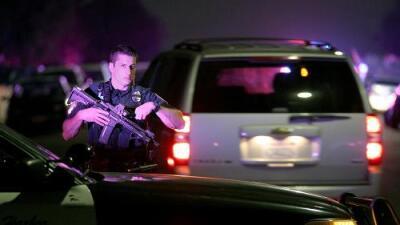 Muere un policía y otro resulta herido tras una balacera en San Diego
