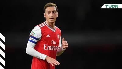 Arsenal quiere deshacerse de Mesut Ozil
