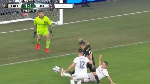 Uruguayo Diego Rossi prende la fiesta al anotar el empate para el LAFC