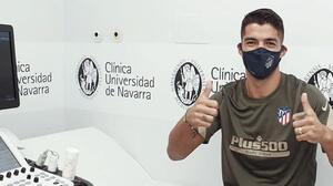 Luis Suarez ya porta la playera  del Atlético de Madrid