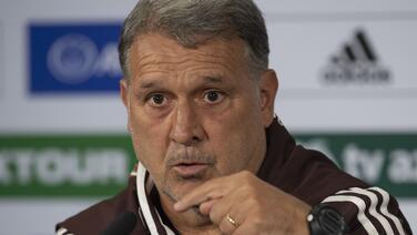 """Gerardo Martino: """"Quiero mucho a Diego, pero no sé si tanto"""""""