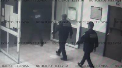 Así fue la fuga de dos narcos ligados a 'El Chapo' que escaparon vestidos como guardias de una cárcel de México