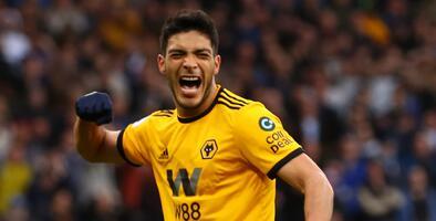 Fans de los Wolves defienden a Raúl Jiménez en redes sociales