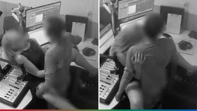 (Advertencia, contenido gráfico) Pareja tiene sexo en cabina de radio, olvidándose que había cámaras