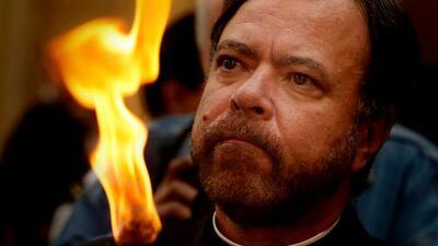 """El Papa acepta renuncia del obispo auxiliar de Los Ángeles por acusaciones de """"conducta indebida con un menor"""""""
