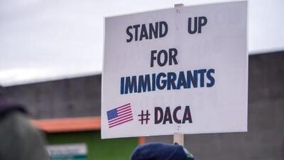 Crece la expectativa entre los dreamers por el posible fin del programa DACA
