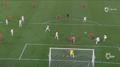 ¡El capitán! No le alcanzó para empatar pero Ramos pone el segundo de España