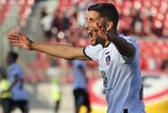 Afición hiere con petardo a jugador durante clásico chileno