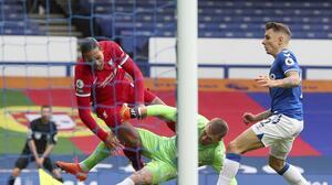 Pickford tuvo que contratar guardaespaldas tras lesionar a Van Dijk