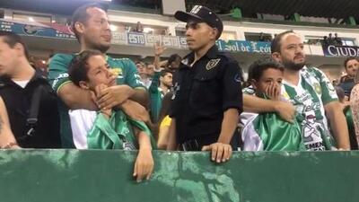 ¡Lágrimas y tristeza! Afición de León rompió en llanto