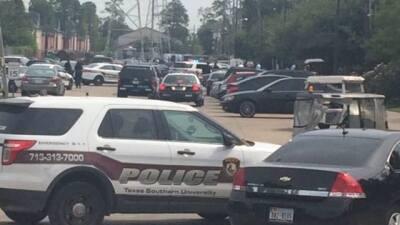 Un muerto, un herido y dos detenidos tras tiroteo