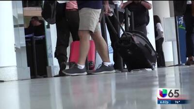 Residentes de Carolina del Norte llegan a Filadelfia para evadir el huracán