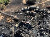 Jugaban con una pelota de tenis en llamas y terminaron quemando una casa y varios vehículos