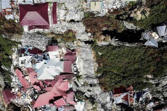 Así quedó Palu, la ciudad de Indonesia devastada por un terremoto y un tsunami (fotografías aéreas)