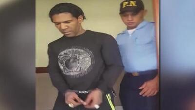 El cantante 'Omega', de nuevo a la cárcel después de que un juez revocara su libertad condicional
