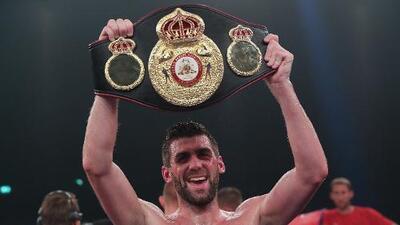 ¿Quién es 'Rocky' Fielding? El hombre al que enfrentará 'Canelo' Álvarez en Nueva York
