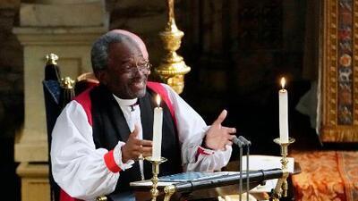 Obispo que dio el sermón en la boda del príncipe Harry y Meghan Markel protestará frente a la Casa Blanca
