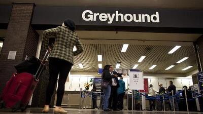 Piden a la empresa de transporte Greyhound Lines no colaborar con agentes de ICE